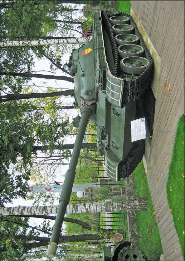 Средний танк Т-62 в Музее техники В. Задорожного, 2010 год.