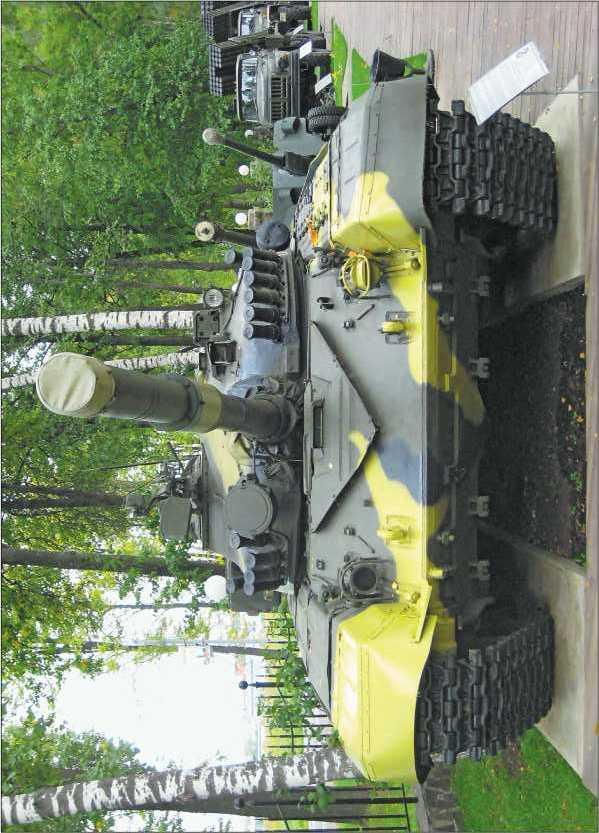 Основной танк Т-72А в экспозиции Музея техники В. Задорожного, 2010 год.