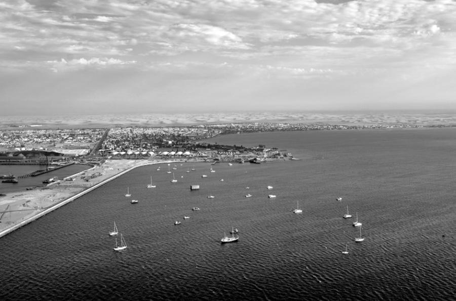 Порт Намиб, Ангола.