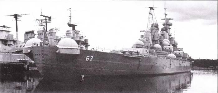 С1957 по 1967г. г. в составе ВМС США не имелось ни одного линкора. По причине сокращения расходов на оборону все «Айовы» были поставлены на прикол, а шесть «Северных Каролин» и «Южных Дакот» разделали на металлолом. Война во Вьетнаме не привези к масштабной активизации линкорного флота. «Миссури» сфотографирован на стоянке в Бремертоне в 1976г.