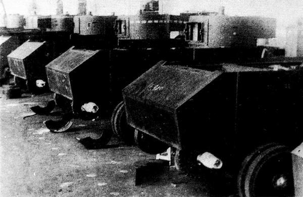 Сборка танков БТ-ИС на базе БТ-5 на заводе №48. 1936 год.