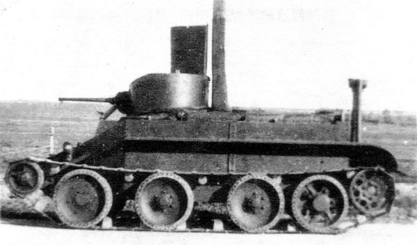 БТ-2 с оборудованием для подводного хода.