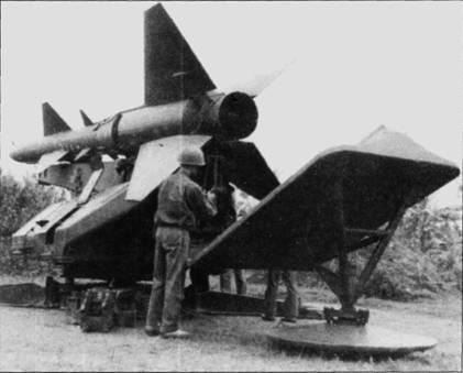 Пусковая установка зенитно-ракетного комплекса С-75 «Двина». Данный ЗРК эффективно поражал маломаневренные воздушные цели на средних и больших высотах, такие как бомбардировщики.