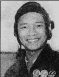 Еще один пилот 923-го полка, Ли Хай, в 1967-72г.г. одержал шесть побед в воздушных боях. В отличие от других асов, учившихся искусству полета за пределами Вьетнама, Ли Хай обрел крылья в 910-мучебно-тренировочном авиационном полку ВВС ДРВ.