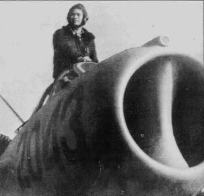 14 июня 1968г. Ли Хай в районе Тханькуонга сбил «Фантом», через месяц его боевой счет пополнил истребитель F-8 «Крусейдер», правда ни одна из этих побед не подтверждена американскими данными. Обратите внимание на окошко фотокинопулемета над воздухозаборником истребителя МиГ-17.
