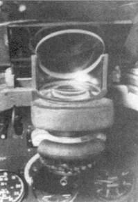 Прицелы Барр-энд-Струд GM-2 устанавливались в начале войны на всех типах британских истребителей.