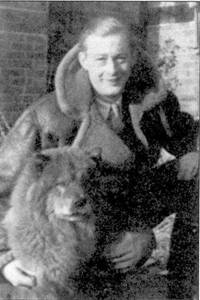 Флайт-лейтенант Чапрльх Грин до конца 1940г. записал на свой счет два лично сбитых самолета, две победы ему засчитали как вероятные. В конце войны он летал на ночном истребителе «Бофайтер Mk VI» на Средиземноморье в составе 600-й эскадрильи; на его счету значилось 11 сбитых самолетов и четыре вероятные победы, один поврежденный самолет.