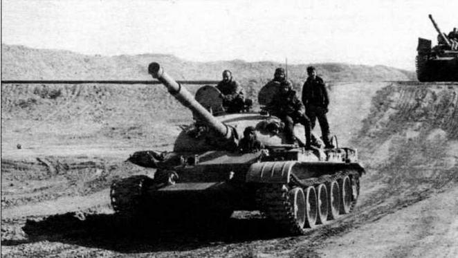 Танки Т-62 египетской армии на Синайском полуострове, февраль 1974 года