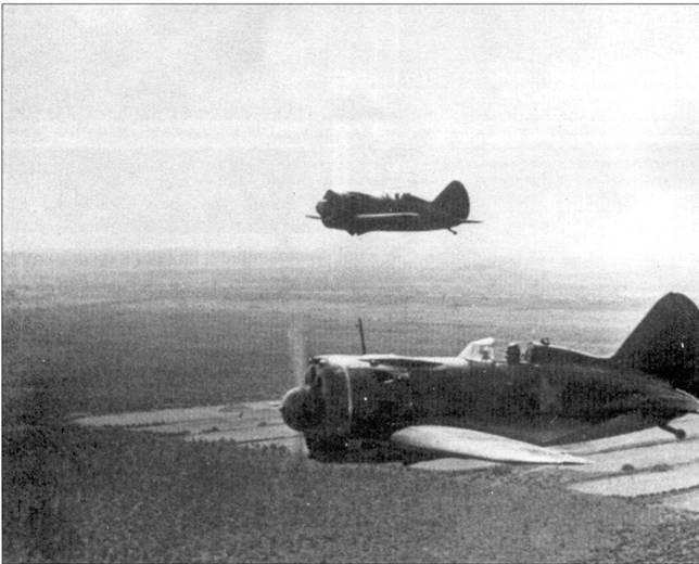 В полете И-16 тип 29, снимок лета 1941 г.