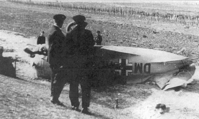 Испанцы предоставили немцам самолет УТИ-4, захваченный в авиационной школе Эль-Кармоли. Самолет получи./ в люфтваффе бортовой идентификационный код «DM+HD». УТИ-4 потерпел аварию при посадке ни аэродроме Брест-Бранденбург в 1940 г.