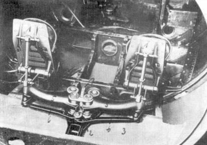 Качалка и педали в кабине Me 163В.