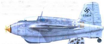 Me 163B-I. W.Nr. 191454. 6./JG 400. Гузум, 1945 года. Стандартный камуфляж. Киль и фюзеляж RLM 76 с пятнами RLM 75. Тактический номер, скорее всего, добавили уже в музее.