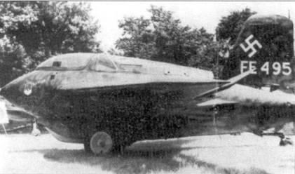 Захваченный американцами Me 163 получил бортовой номер FE 496. Выставка, Вашингтон, округ Колумбия, 1946 год.