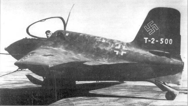 Me 163В-1 во время подготовки к вылету, США.