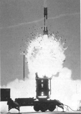 Пуск ракеты комплексом «Пэтриот»