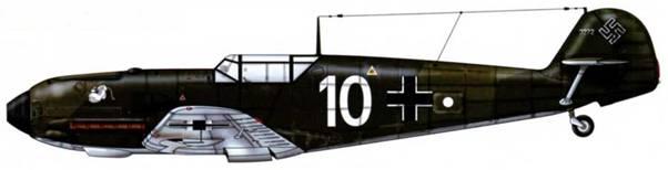 Bf 109Е-1 из 1/jg 331, Германия, январь 1939 г. Белый круг обозначает группу IV Верхние поверхности: RLM 70/71. Нижние поверхности: RLM 65