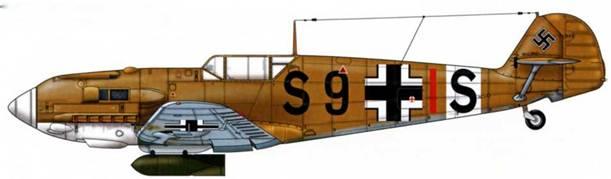Bf 109Е-4/В Trop из III./SKG 210, Ливия, октябрь 1942 г. Верхние поверхности: RLM 79. Нижние поверхности: RLM 78.