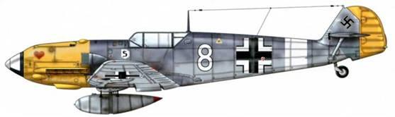 Bf 109Е-7/В из 7./JG 26, Сицилия, лето 1941 г. Эта машина оснащена 300-литровым подвесным топливным баком.Верхние поверхности: RLM 74/75. Нижние поверхности: RLM 76.