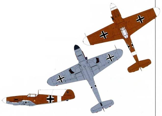Тропический камуфляж. 1941 г. Верхние поверхности: RLM 79. Нижние поверхности: RLM 78. Верхние поверхности равномерно окрашены RLM 79. Законцовки крыльев и носовая часть часто окрашивалась в белый цвет.