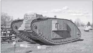 Танк Mk IV «самка» в открытой экспозиции на Абердинском полигоне, США.