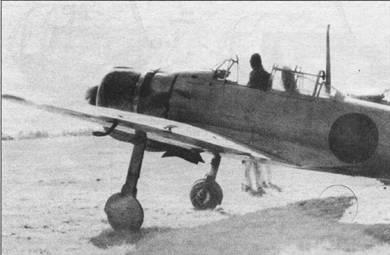 Хорошо виден массивный балансир левого элерона, балансиры устанавливались, начиная с самолета с заводским номером «127».