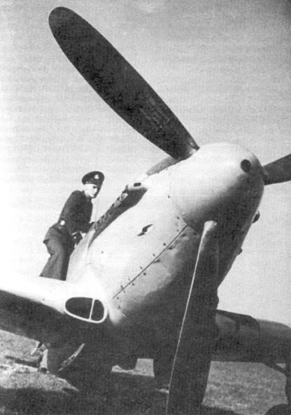 Як-9П — самолет, внушавший врагам страх и ненависть. Его предков ненавидели немецкие пилоты. Спустя несколько лет после окончания войны в небе Кореи его научились бояться и ненавидеть южнокорейские и американские летчики, ведь Як- 9П не уступал американскому «Мустангу» F-51.