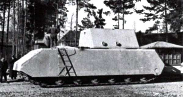 «Маус» Тур 205/1 прибыл в Бёблинген. 14 января 1944 года