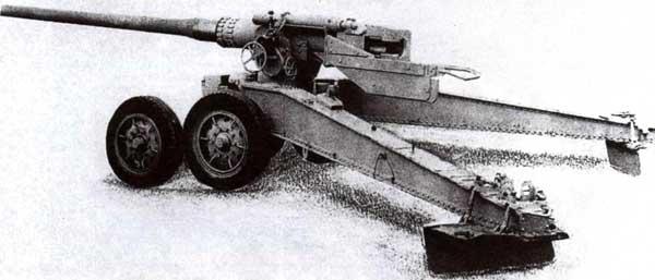 128-мм противотанковая пушка К 81/1 фирмы Krupp. Ствол Рак 80 (идентичен по конструкции стволу пушки KwK 44) установлен на лафет трофейной французской 155-мм пушки