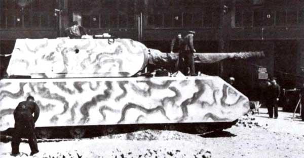 Второй прототип «Мауса» получил башню с вооружением в июне 1944 года