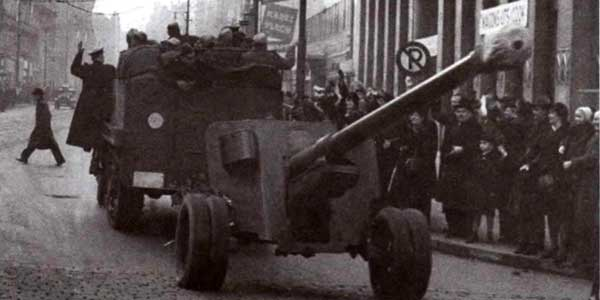 100-мм противотанковая пушка БС-З обр. 1944г. До мая 1945 года было изготовлено свыше 600 таких орудий, большая часть из которых успела поступить в войска
