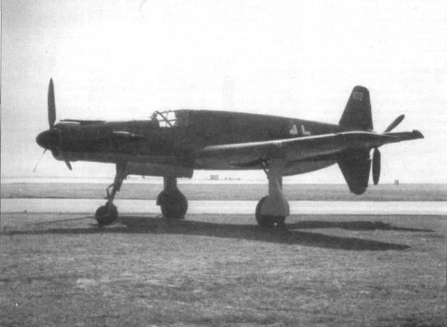 Отреставрированный Do 335А-02.