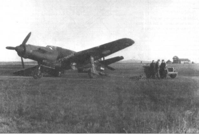 Два снимка французского Do 335М17, попавшего в аварию П ноября 1948 года.