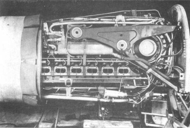 Передний двигатель в сборе.