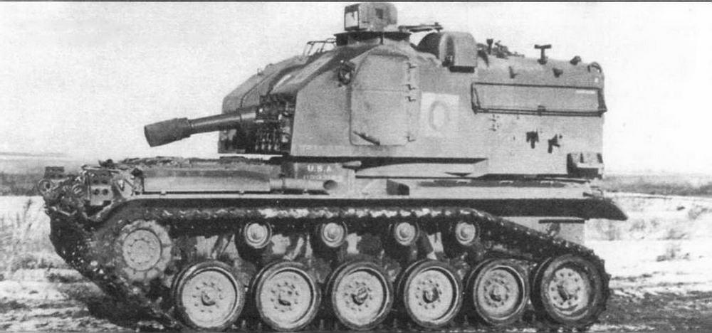 Опытный образец 105-мм самоходной гаубицы Т98Е1