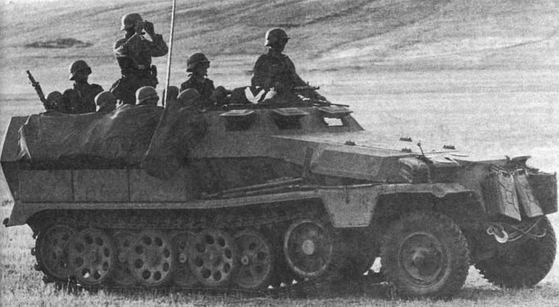 Средний бронетранспортер Sd.Kfz.251 Ausf.C. Восточный фрнт. 1941 год