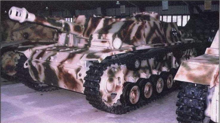 Штурмовая гаубица StuH 42. Военно-исторический музей бронетанкового вооружения и техники в Кубинке (Россия)