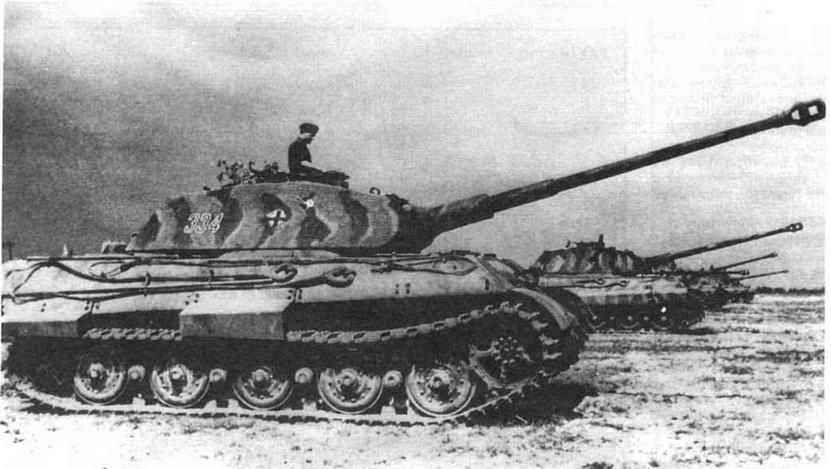 """Тяжелый танк Tiger II с башней """"типа Порше"""". 5034 тяжелый танковый батальон (s.Pz.Abt.503) Франция. лето 1944 года"""