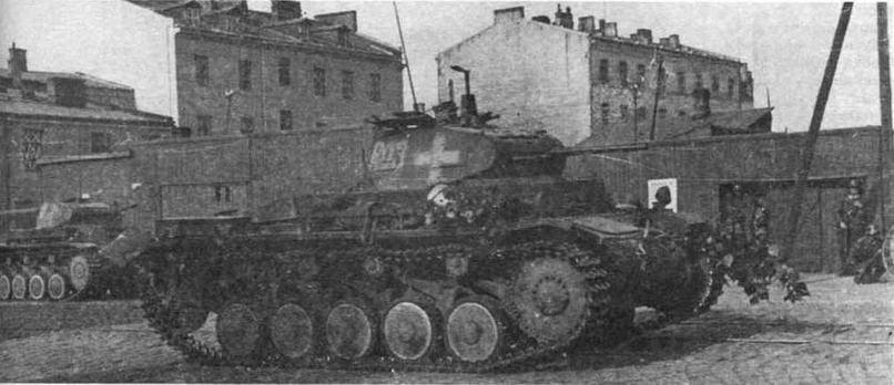 Легкий танк Pz.IIAusf.A на улицах Варшавы. Сентябрь 1939 года