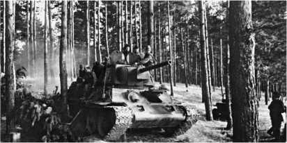 Танк Т-34 сержанта А.Д. Столярова. 23-я Глуховская танковая бригада. Центральный фронт, 1 сентября 1943 года. На счету танка за операцию по овладению г. Глуховым два дзота, два орудия, пулеметная точка, до 30 немецких солдат.