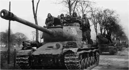 По дороге на Берлин. 1-й Украинский фронт, 3-я гвардейская танковая армия, 1945 год.