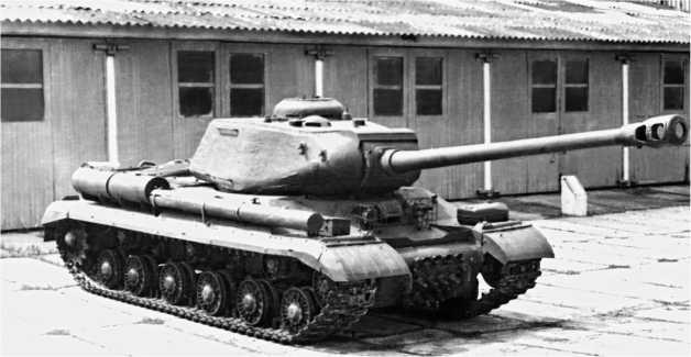 Тяжелый танк ИС-2М.