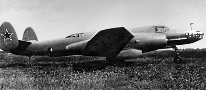 Первый реактивный бомбардировщик Ту-12 ОКБ-156