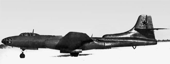 Самолет «78» (Ту-14) на заводских испытаниях. 1948г.