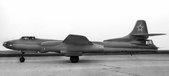 Ту-14Т (серийный №39101) на испытаниях в Крыму. 1951г.