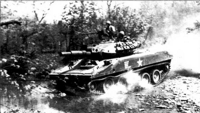 Один из первых серийных «Шериданов» во время испытаний в Форт-Ноксе. 1965 год