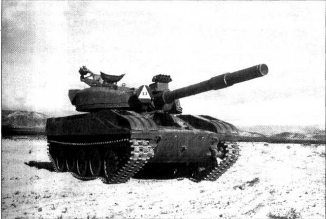 Визуальный макет (VISMOD) танка Т-72 с использованием танка М551 «Шеридан», Национальный тренировочный центр армии США, Форт-Ирвин