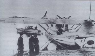 Самолет PBN-1 готовится к буксировке