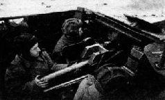 СУ-76 входят в Бобруйск. 1944 г.