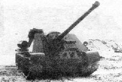 Опытный образец СУ-85БМ на совместных испытаниях с СУ-100. Февраль 1944 г.