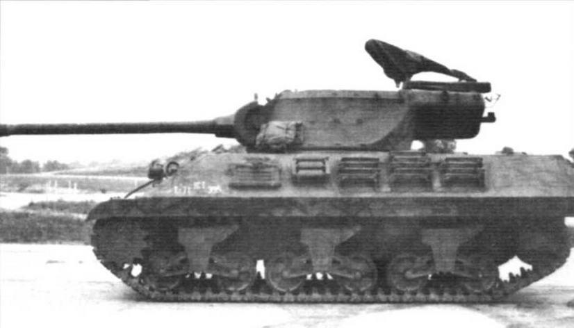 Противотанковая САУ M36. Идентична СУ-100 в СССР, «Ягдпантере» — в Германии М36 «Слаггер» — наиболее мощная из всех противотанковых самоходных установок армии США. Создана путём модификации САУ М10А1 и М10. С ноября 1943 по сентябрь 1945 г. фирмами Fisher Tank Arsenal, Massey Harris Company, American Locomotive Company и Montreal Locomotive Works изготовлено 2324 машины.